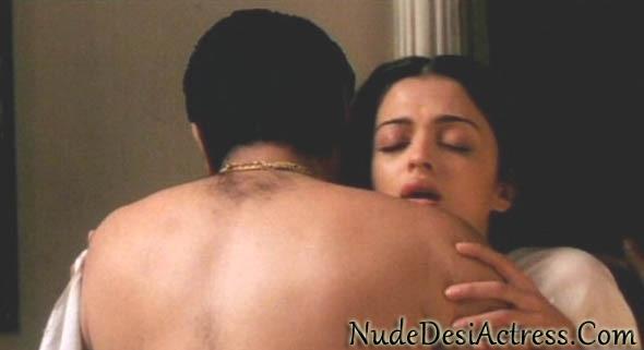 Aishwarya Rai Nude 12