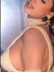 Anjala Zaveri Nude - NudeDesiActress.com