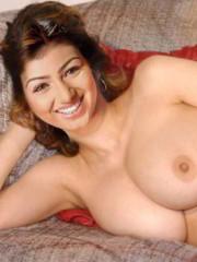 Ayesha Takia Nude - NudeDesiActress.com_20