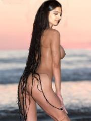 Sonam Kapoor nude