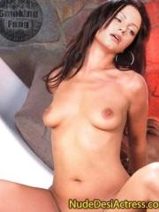 Yana Gupta Nude