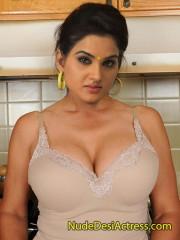 Kavya Singh Nude