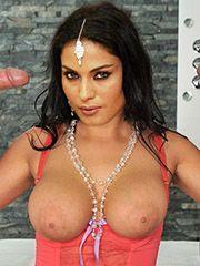 Veena Malik Nude