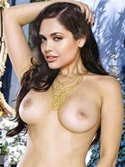 Nude Esha Gupta Boobs