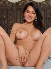 Anushka Shetty Nude pics