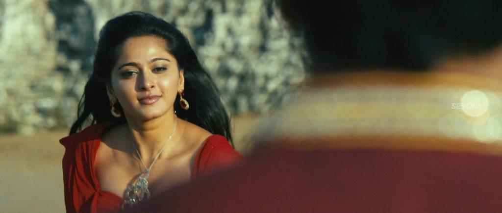 Actress Anushka hot Cleavage in Thandavam movie Fake Boobs, Nude Desi Actress
