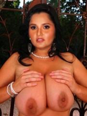 Nude Sania Mirza Shows her Big Boobs_11