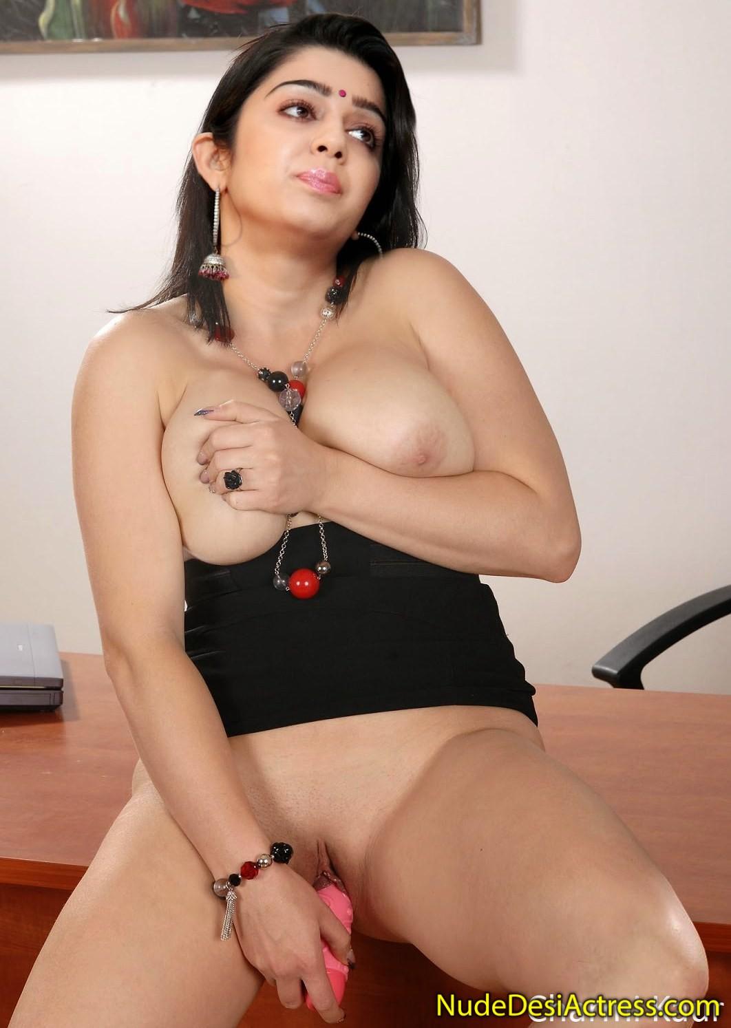 Charmi kaur and vivek oberoi's hot bed sex scene