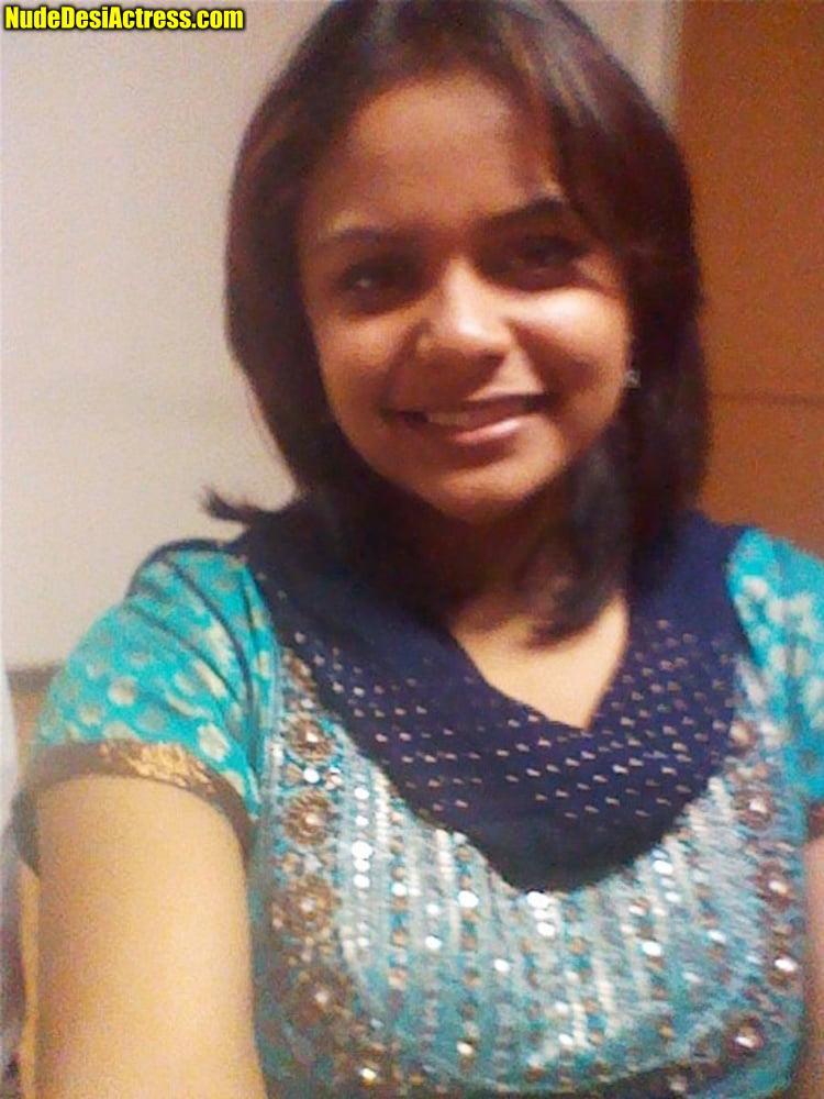 Rubina Bajwa full nude Neeru Bajwa's sister naked sex photos 5