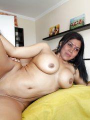 Full nude Sakshi Tanwar naked sex pussy fucked hard