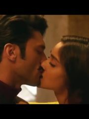 Illeana hot scene from  baadshaho movie | illean hot sex scene | illeana navel cleavage | hot navel