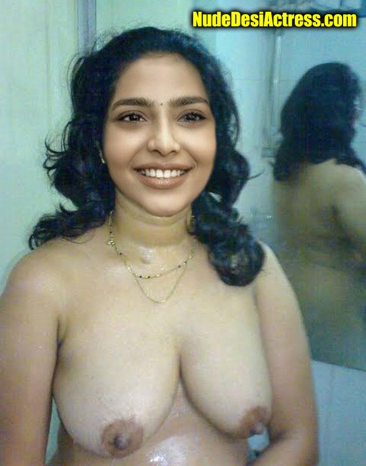 Aishwarya Lekshmi mallu juicy boobs naked black nipple photo